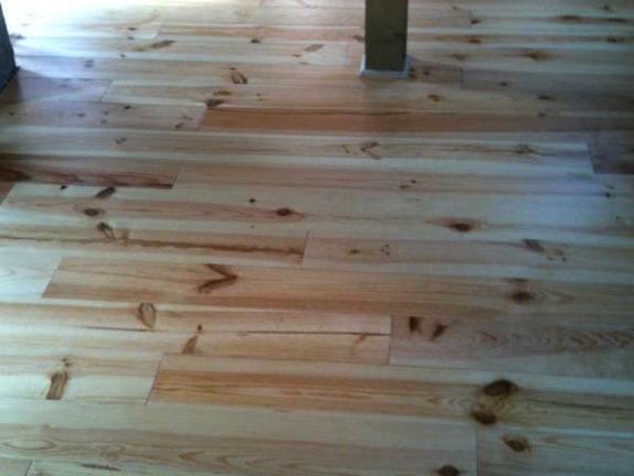 Pose de parquet massif et mise à niveau du plancher