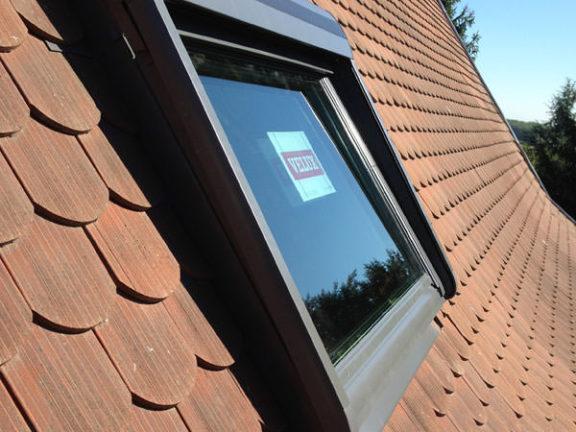 Pose d'une fenêtre de toit Vélux Strasbourg
